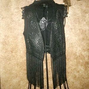 ❤️ GORGEOUS Brand New Silver Studded Fringe Vest
